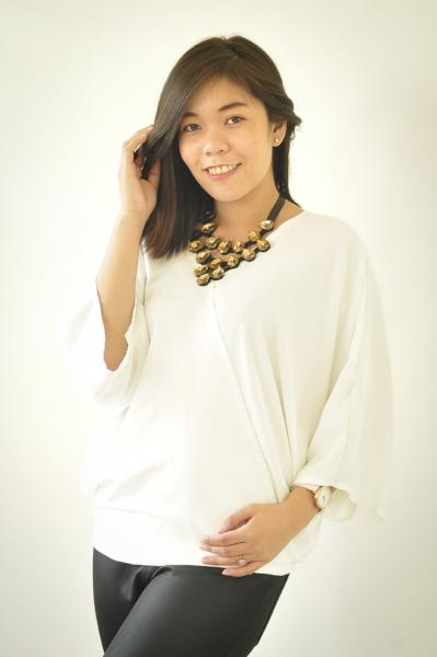 Tricia Blouse White w/ inner tube