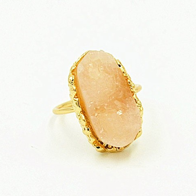 Fashion natural stone pink crystal finger ring - BisCloset