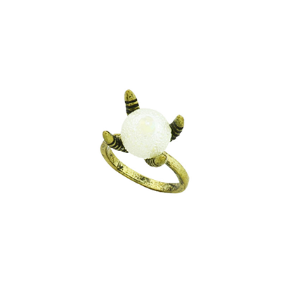 Women Vintage pearl claw finger ring - BisCloset