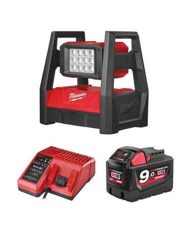 MILWAUKEE M18HAL-901 M18 110V LED HIGH PERFORMANCE AREA LIGHT 1 X 9AH + CHARGER