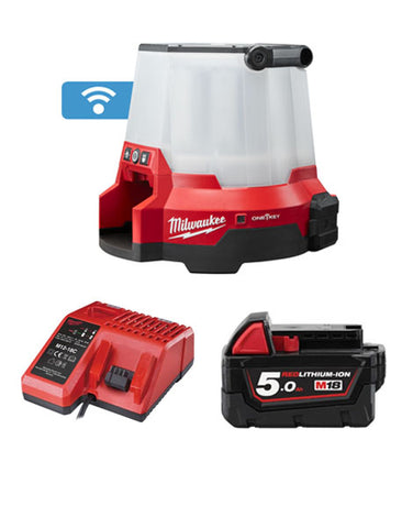 MILWAUKEE M18ONESLSP-501 18V 110V TRUEVIEW COMPACT SITE LIGHT 1 x 5Ah BATTERY + CHARGER