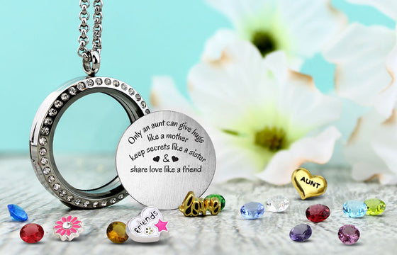 Aunt's Hugs Charm Necklace