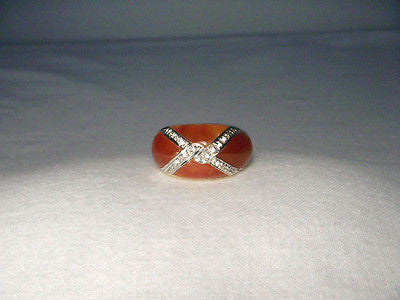 Beautiful Estate 14K Yellow Gold Designer Red Carnelian X Diamond Band Ring