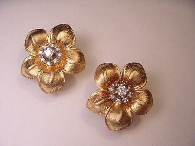 Fabulous 14K Brushed Yellow Gold Diamond Floral Flower Earrings