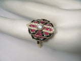 Exquisite Art Deco 18K Yellow Gold Diamond Hand Cut Ruby Onyx Ring Band