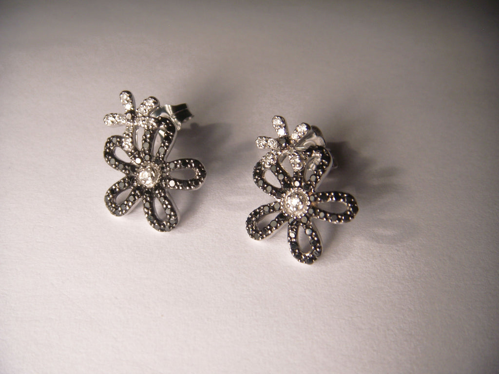Beautiful 14K White Gold Pave Black and White Diamond Floral Flower Earrings