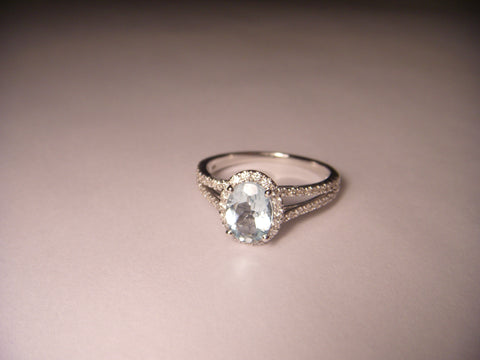 Beautiful 14K White Gold Aquamarine Diamond Engagement Ring