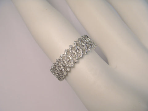 Beautiful 18K White Gold Hidalgo Diamond Eternity Wedding Band Ring
