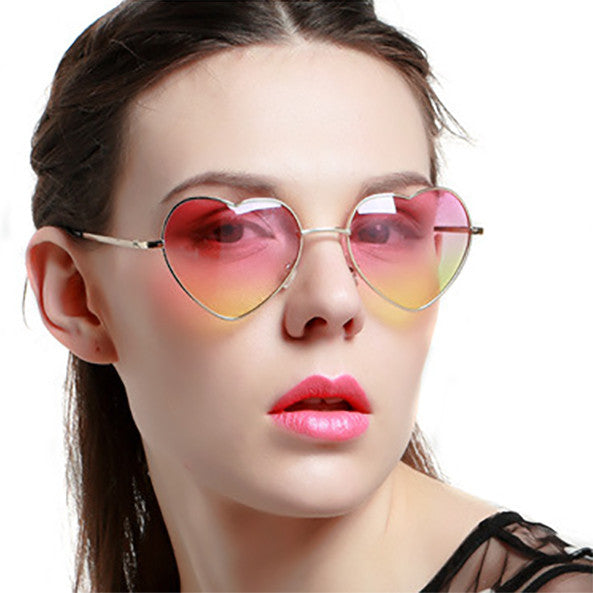 HEART SHAPED SUNGLASSES - TECHNOCATZ