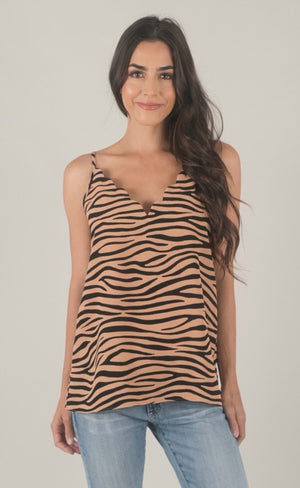 SCALLOPED ZEBRA TOP