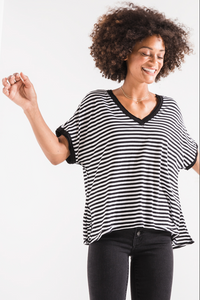 THE STRIPE BOYFRIEND VNECK TEE