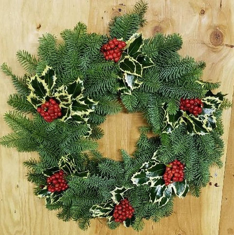 16V - VIRGINIA'S FAVORITE - Noble Fir Wreath