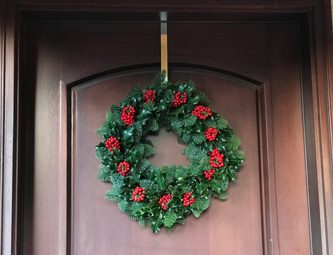 18G - GREAT AND NOBLE - Noble Fir Wreath