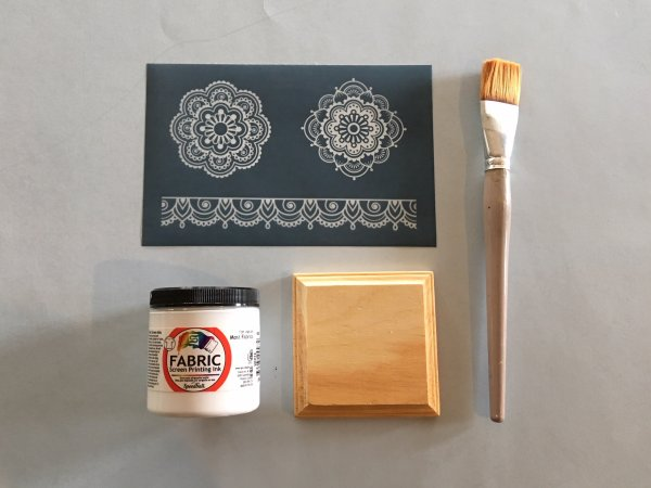 DIY Silk Screen Printing On Wood