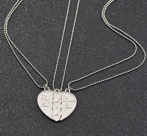 "Engraved ""Big Sis MOM Little Sis"" Love Heart Necklace"