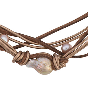 Baroque pink pearl leather choker