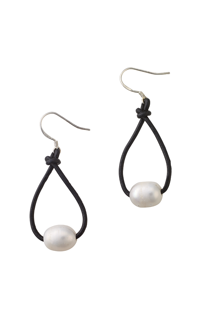 Leather hanging pearl hoop earrings