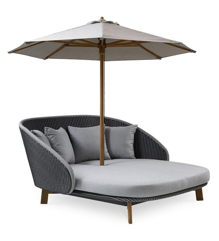 Cane-line Peacock Grey/Light Grey All Weather Weave Outdoor Daybed with Light Grey Cushions 5561GIT