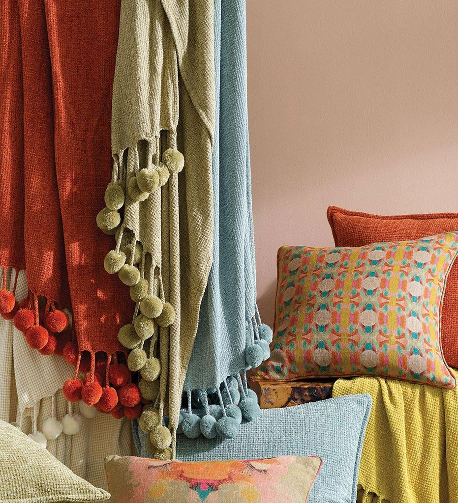 lifestyle, Annie Selke Bauble Chenille Spice Throw