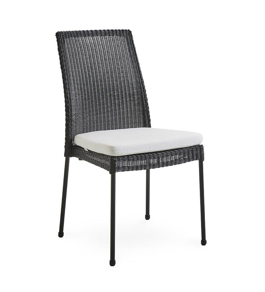 Cane-line Newport Outdoor Black All-Weather Weave Rattan Dining Chair 5432LS White Cushion YSN94