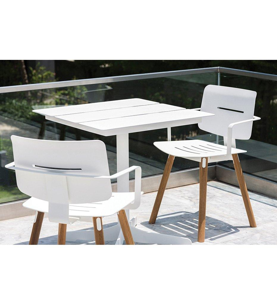 Oasiq | Ceru Dining Table | Anthracite Powder Coated Aluminum Frame with Antracite Powder Coated Aluminum Table Top | Outdoor