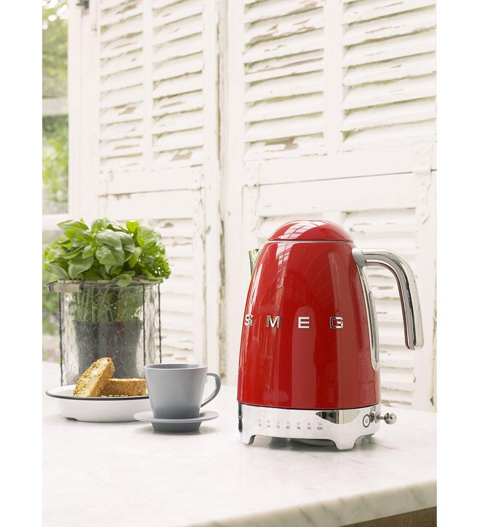 SMEG pink variable temperature kettle