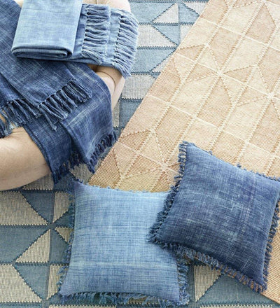 lifestyle, Dash and Albert Ojai Blue Loom-Knotted Cotton Rug
