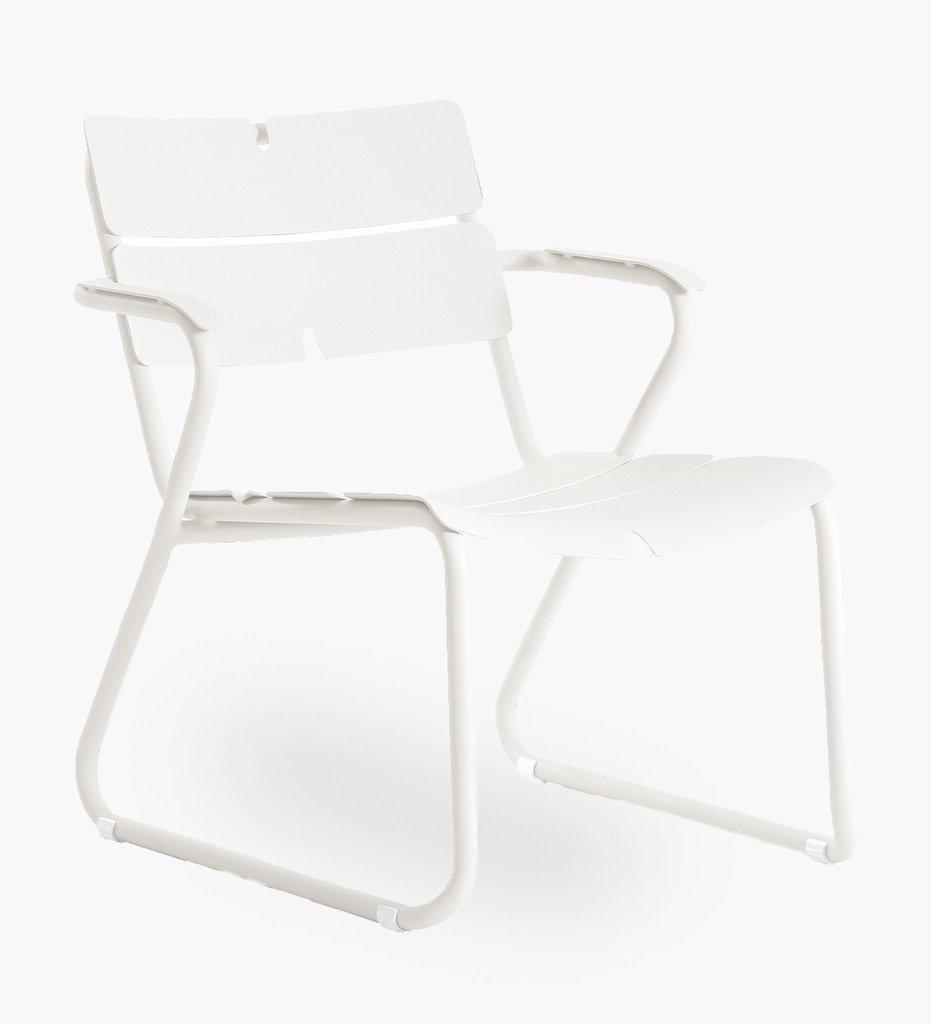 Oasiq | Corail Lounge Chair - Arm | White Aluminum | Outdoor
