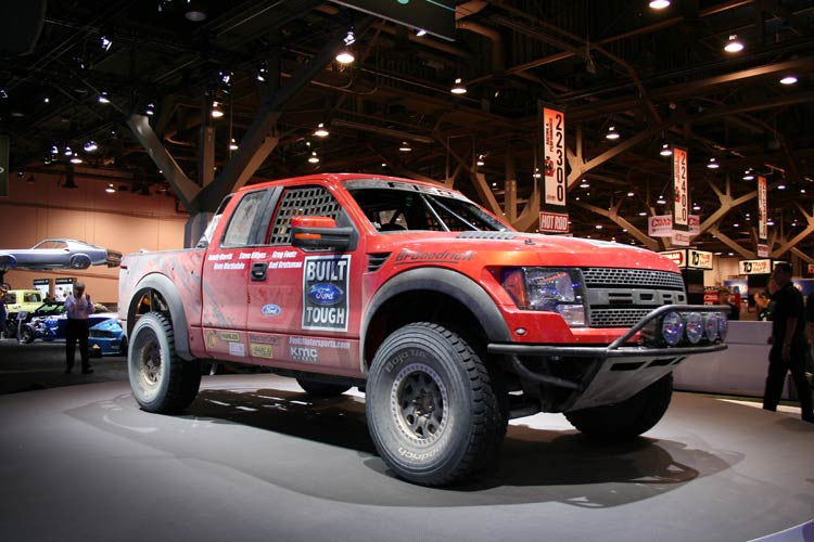 "Ford Raptor ""R"" Race Truck"