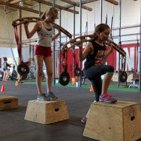 Young CrossFit enthusiasts at CrossFit Indestri, training with the Yoak