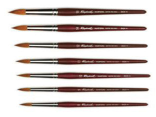 The Raphael Martora Round Brush