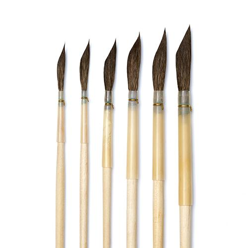 Isabey 6715 Pure Squirrel Dagger / Cut Liner Brush Watercolor Brush Art Nebula