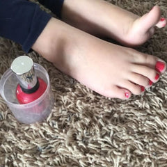 Easy hack for less nail polish mess