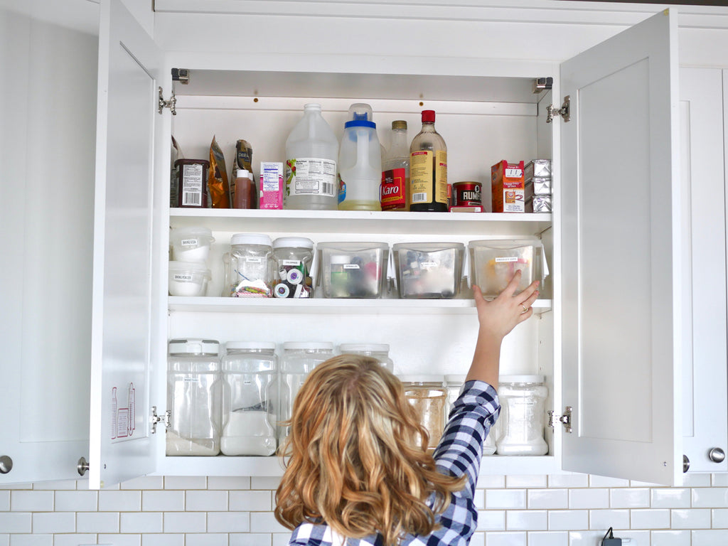 My favorite tips for organizing kitchen cupboards