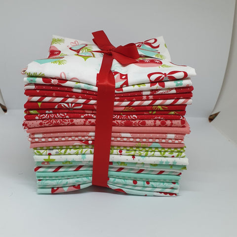 Vintage Holiday Fat Quarter Bundle