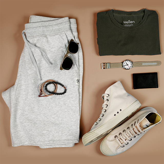 Outfit Grid - 4