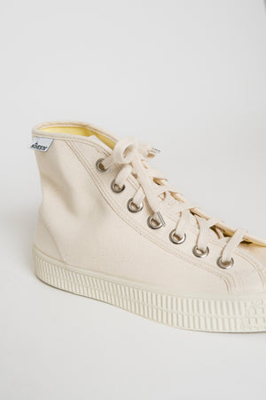 Novesta Star Dribble Sneaker - Off White