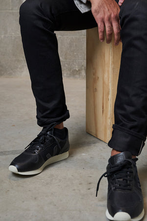 Veja Holiday LD Black Shoes