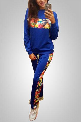 Comfortably fit Printed Sweatshirt & Pants