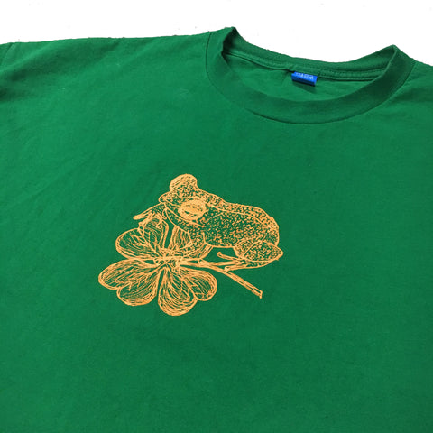 Wiki - Coqui and a Clover T-Shirt