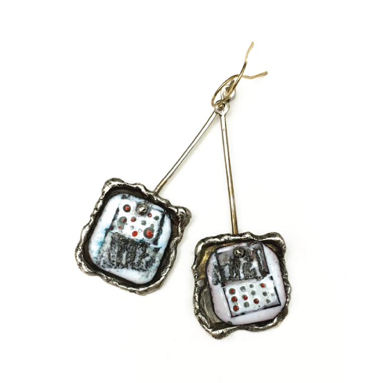 Secret- Earrings In Code