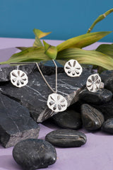 Sliced Daisy Earrings
