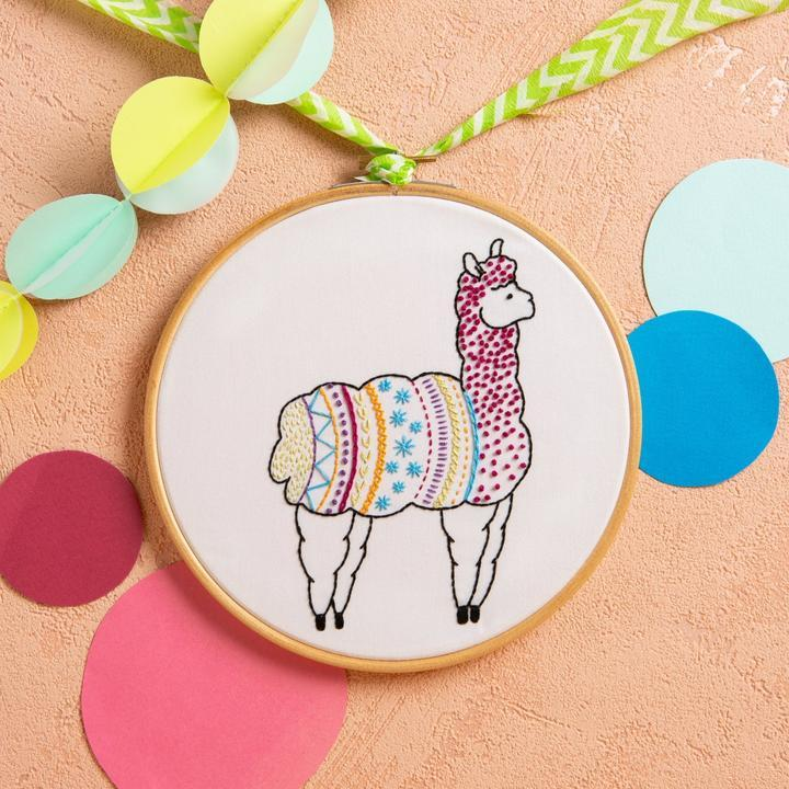 Alpaca Embroidery Kit - The Fabric Counter