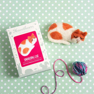 Cat Brooch Mini Needle Felting Kit - The Fabric Counter