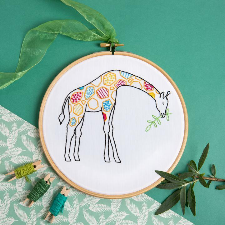 Giraffe Embroidery Kit - The Fabric Counter