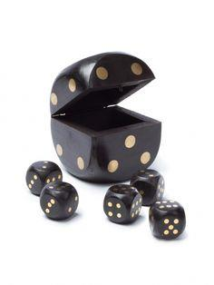Wooden Dice 5 Piece Game Set - Jouets LOL Toys