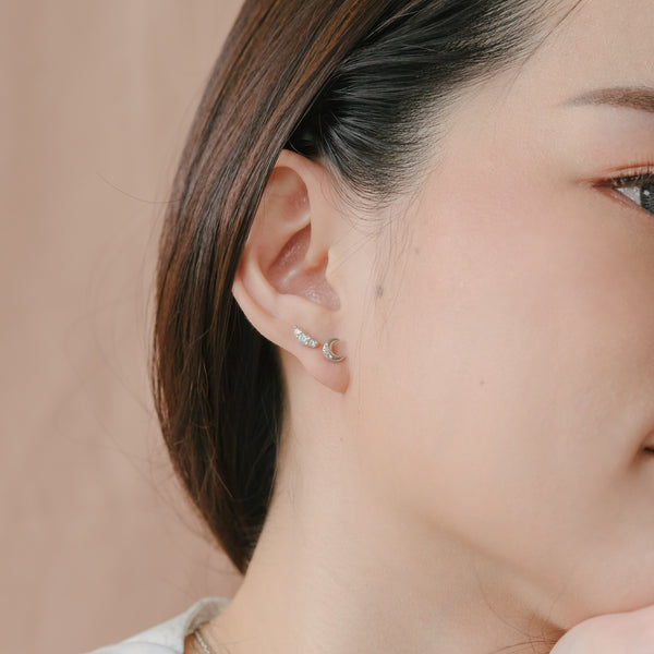 Arya Barbell Earrings