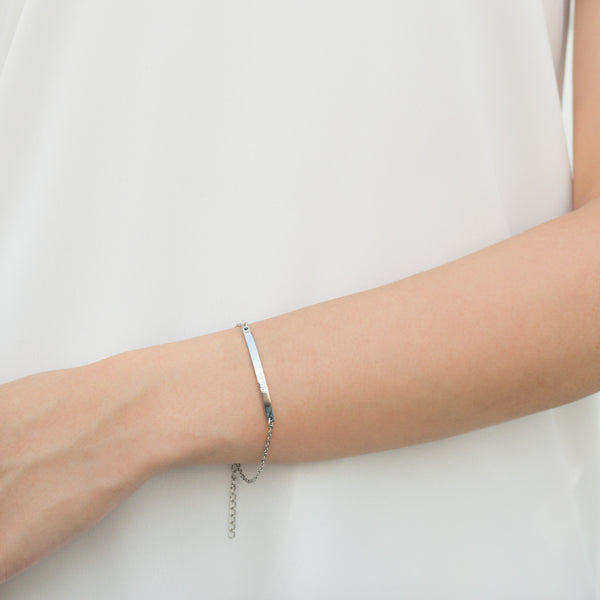 Horizontal Bar Bracelet | Made Different Co | Singapore Personalised Jewellery