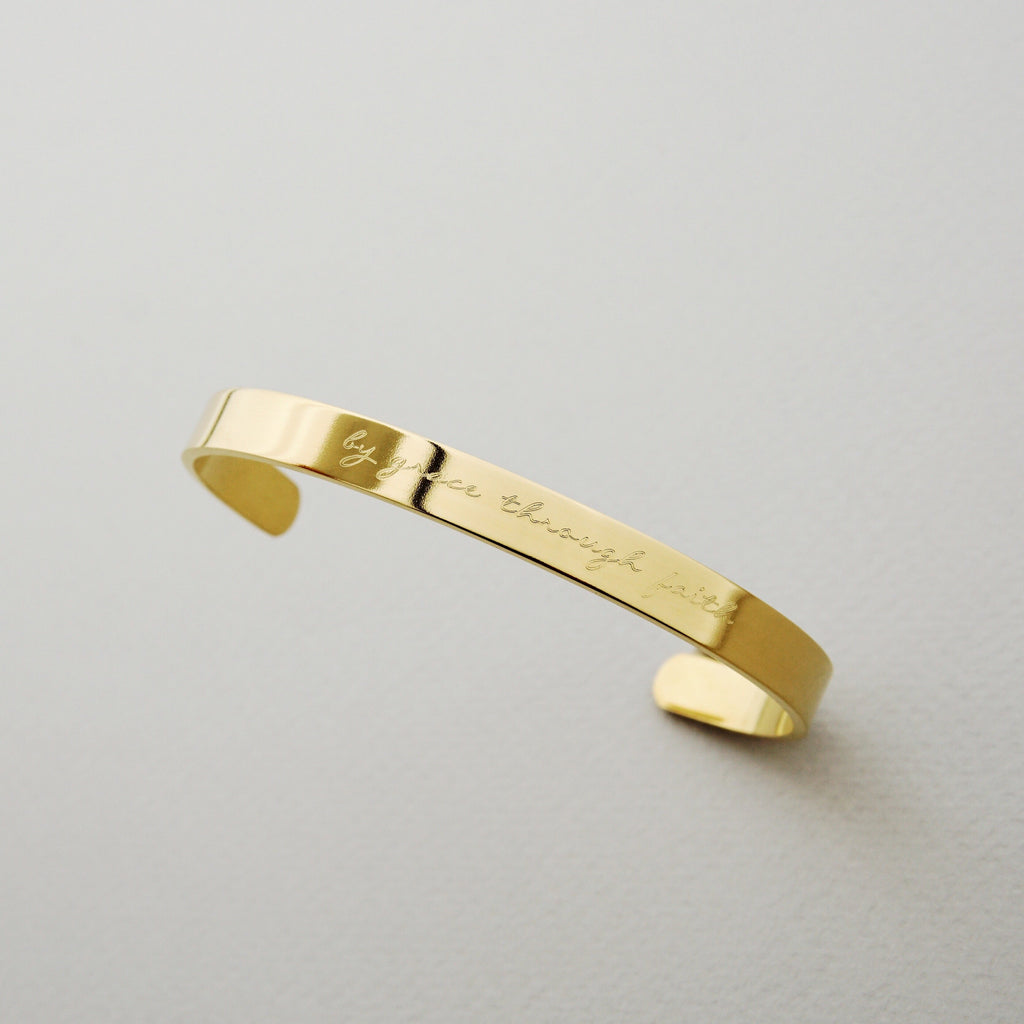 Signature Classic Bangle