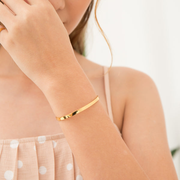 Signature Thin Bangle | Made Different Co | Singapore Personalised Jewellery